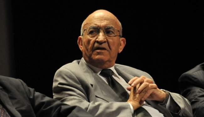 """""""مذكرات عبد الرحمان اليوسفي"""".. نبش في ذاكرة رجل دولة، رجل تاريخ ورجل وطن"""