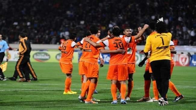 إذاعة تونسية تتهم الحكم بالانحياز ولاعبي بركان بالاعتداء على مسؤولي النادي الافريقي