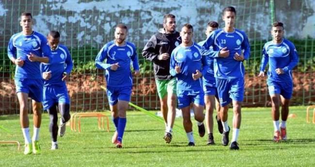لاعبو الرجاء يهددون بمقاطعة مقابلة الإياب ضد نواذيبو الموريتاني