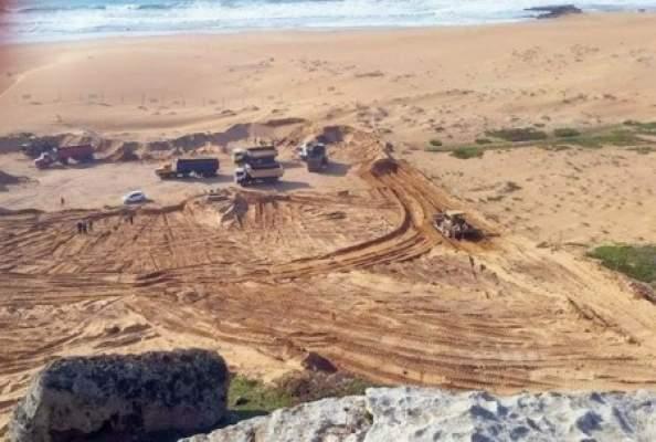 اعمارة يرفض تجديد ترخيص أكبر شركة لمقالع الرمال بالمغرب