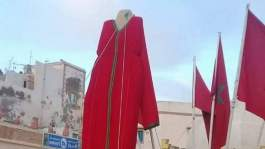 صورة..عرض أطول قفطان في العالم في ملتقى للأزياء التراثية بآسفي