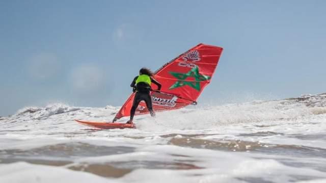شاطئ الصويرة يحتضن منافسات كأس العالم لركوب الأمواج