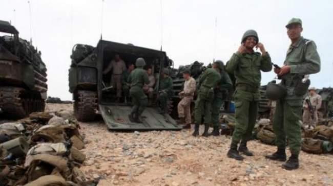 ازمة المنطقة العازلة.. المغرب أعلم الجزائر نيته التدخل عسكريا لطرد البوليساريو من المحبس