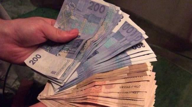بعد أشهر عن التعويم.. الدرهم يسجل ارتفاعا مقابل الأورو