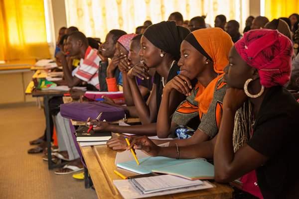 وزارة التربية الوطنية تكشف حقيقة استقدام أساتذة من دول إفريقية
