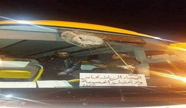 هلع في الطريق السيار.. حافلة تنقل عائلات معتقلي حراك الريف تتعرض للهجوم