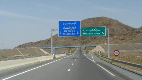 مقطع طرقي متوقف على الطريق السيار بين البيضاء ومراكش