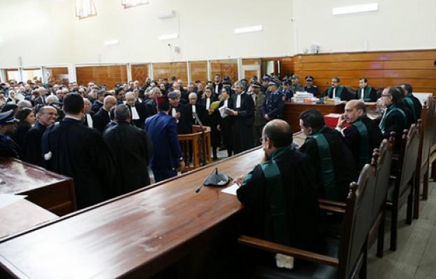عاجل: ملف الزفزافي ورفاقه يدخل المداولة والقاضي يستعد للنطق بالحكم