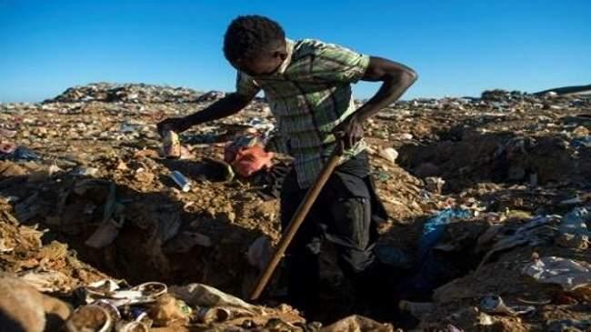 مهاجرون في شمال المغرب يقتاتون من النفايات ويحلمون بأوروبا