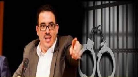 بعد عرض الفيديوهات الجنسية..بوعشرين يلوح بإضراب عن الطعام و هذه مطالبه