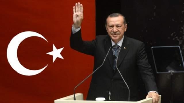 أزمة الليرة..أردوغان يجد دعما بملايير الدولارات والمنقذ دولة عربية