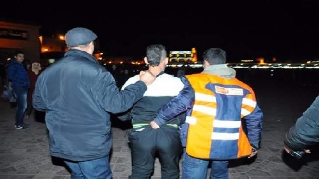 هاجم سيارة الشرطة وأبدى مقاومة عنيفة..الرصاص الحي يوقف شخصا خطيرا