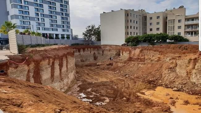 التحقيق مع مسؤولين بعد انهيار ورش من 15 طابقا بالرباط