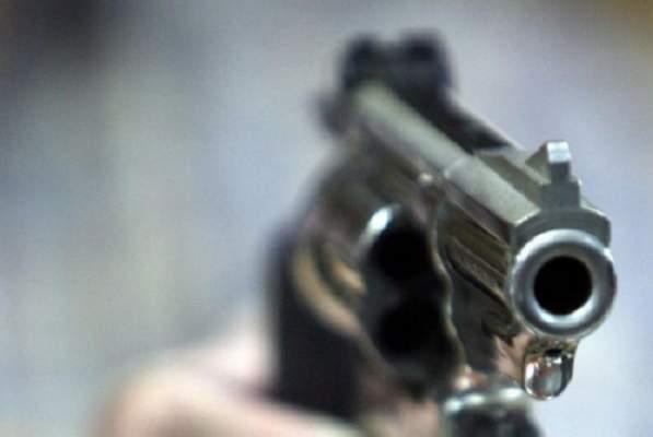 سطات..الأمن يطلق الرصاص على شخص يحمل ساطورا ويهدد حياة الناس