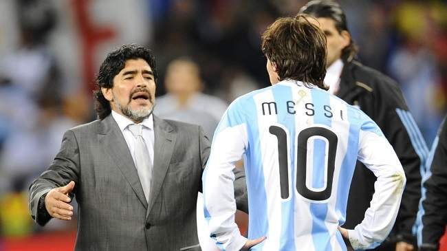 كم مرة يذهب ميسي إلى الحمام قبل المباراة؟.. مارادونا يهاجم نجم برشلونة