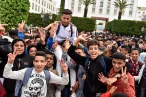 الساعة.. خلفيات صرخة التلاميذ في وجه الحكومة