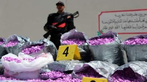 """المحمدية تنجو من الغرق بآلاف الأقراص من مخدر """"الاكستازي"""""""