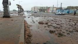 فيديو.. أمواج بحر سيدي موسى ترمي ساكنة المنطقة بالحجارة