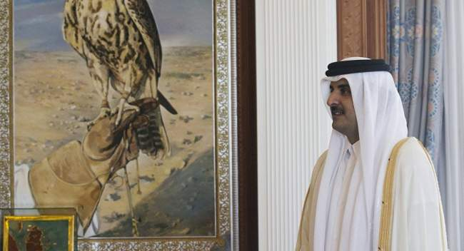 """بعد """"مفاجأة كويتية""""..أمير قطر يكشف الحل الوحيد للأزمة الخليجية"""