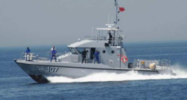 البحرية الملكية تنقذ 112 مهاجر سريا كانوا على متن 6 قوارب