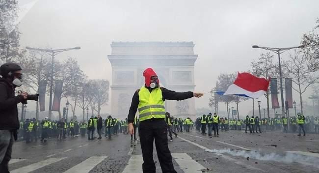 عاجــل...فرنسا تحسم قرار زيادة الضرائب على أسعار الوقود