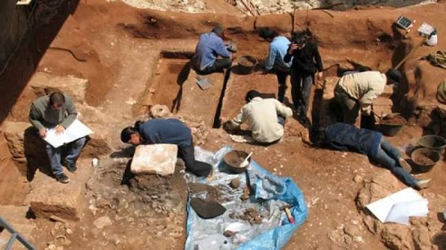 بعد اكتشاف أثري غير مسبوق.. هل تصبح الجزائر مهد البشرية؟