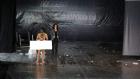 ممثل يعتلي الخشبة عاريا بكامله والجمهور التونسي يغادر غاضبا