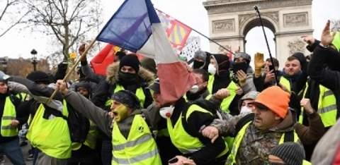 """""""السترات الصفراء"""" تدعو لمظاهرات السبت بـ3 دول أوروبية"""