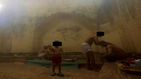 فرّ هاربا إلى الخارج..طفل ينجو من الاغتصاب داخل حمام شعبي بمراكش