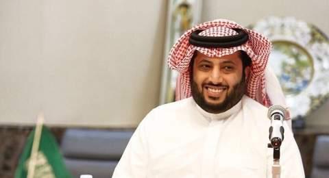 تركي آل الشيخ ينهي صفقة عالمية مع وكيل كريستيانو رونالدو