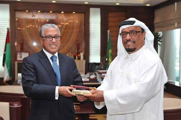 بعد السعودية .. انباء عن استدعاء السفير المغربي في الإمارات