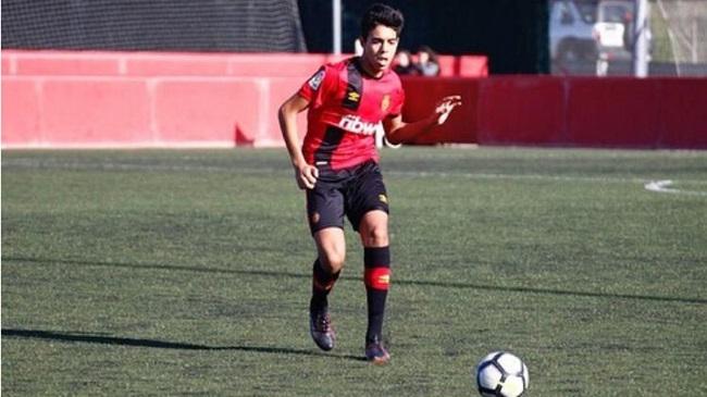 برشلونة يخطف موهبة المنتخب المغربي ونادي مايوركا يغضب