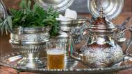 دراسة أمريكية.. الشاي يبطىء الشيخوخة ويوقف تطور الأمراض السرطانية
