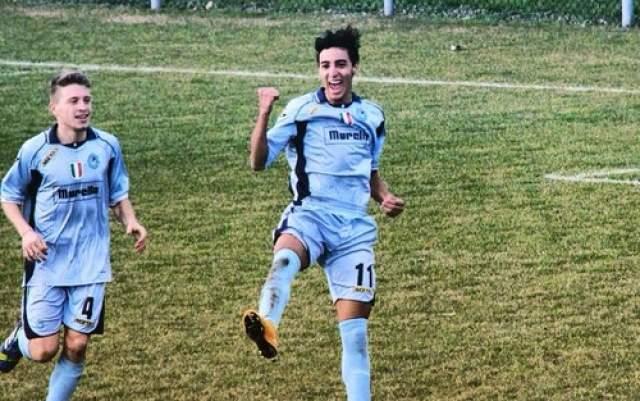 سجل 6 أهداف في مباراة واحدة .. لاعب مغرب يدخل تاريخ الكرة الإيطالية (فيديو)