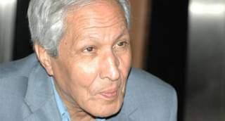 الممثل والنجم المغربي عزيز موهوب في ذمة الله