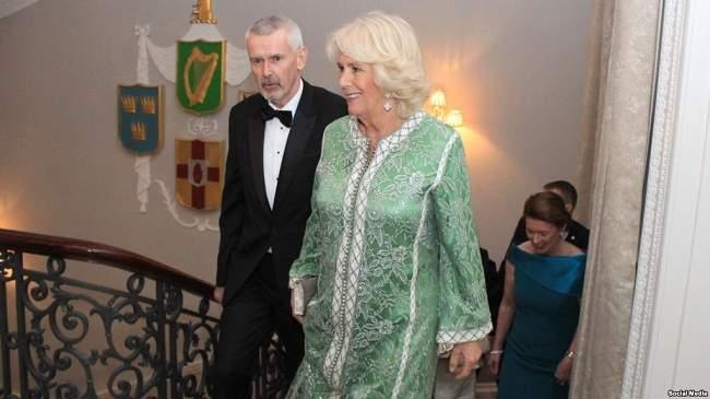 زوجة الأمير شارلز تظهر بالقفطان المغربي للمرة الثانية خلال شهر واحد