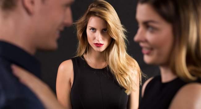 أصحاب هذه المهن معرضون أكثر من غيرهم للخيانة الزوجية