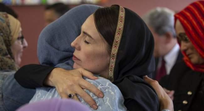 بعد الحجاب .. شاهد كيف تضامنت الصحف النيوزلندية الصادرة اليوم مع المسلمين (صور)