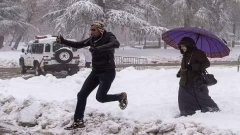الأمطار والثلوج تعود إلى المغرب