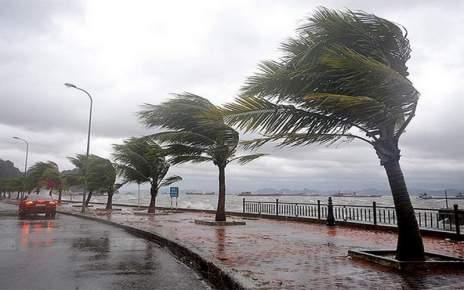 عاجل .. نشرة خاصة من الأرصاد الجوية تحذر من أمطار عاصفية بهذه المناطق