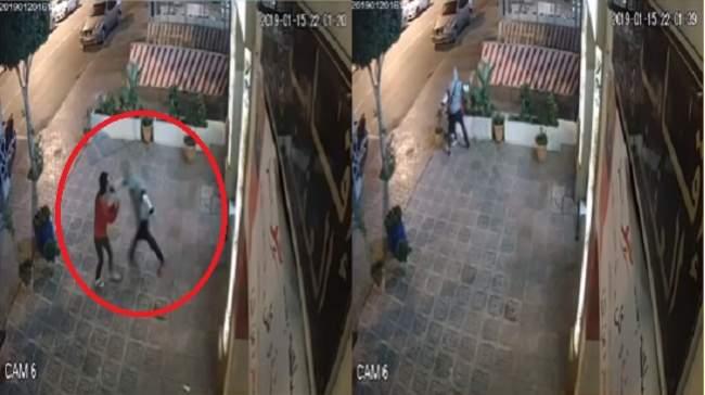 كادت أن تلفظ أنفاسها الأخيرة.. شاب يعتدي على قاصر أمام مقهى للشيشة (فيديو)