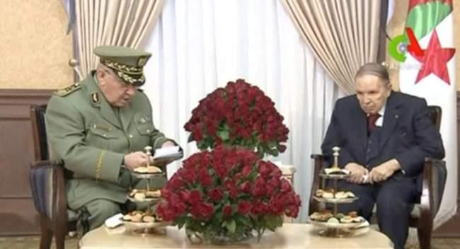 """بعد مطالبته بـ""""عزل بوتفليقة""""..قائد الجيش الجزائري يصدر بيانا عاجلا!"""