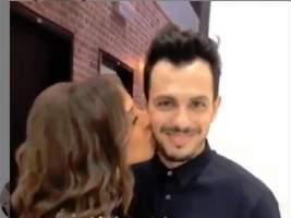 قبلة أنغام المثيرة تهز الفيسبوك في مصر (فيديو)