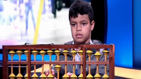بالفيديو..قدرات حسابية مبهرة لطفل مغربي