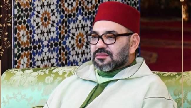 صورة الملك في رمضان بلباس تقليدي تبهر الفيسبكويين