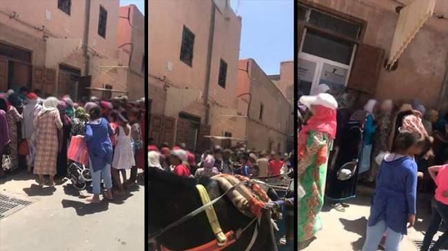 """فيديو..التدافع والتهافت على """"الحريرة"""" المجانية في مراكش يثير الجدل"""