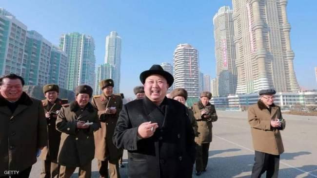 """زعيم كوريا الشمالية يعدم جنرالا على طريقة """"جيمس بوند"""""""