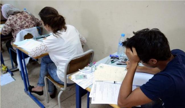 أمن الرباط يستدعي البرلماني الذي ضبط بحوزته هواتف نقالة في الامتحان