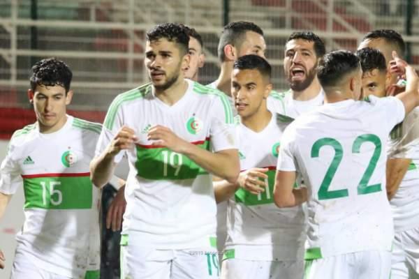 فضيحة أخلاقية تضرب معسكر المنتخب الجزائري قبل كان 2019