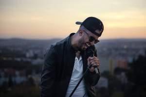 المغربي سامي باي يطرح فيديو كليب ''خودي قلبي''